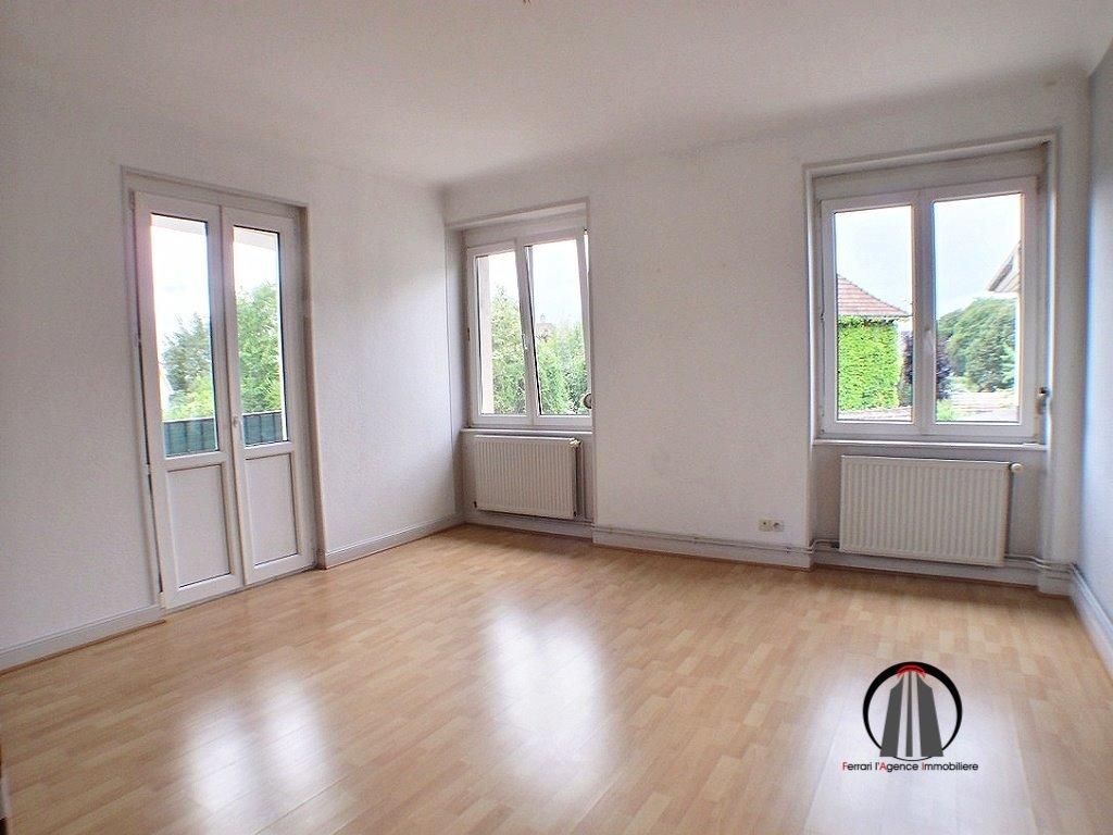 Limite Pfastatt, Appartement 3 pièces 85 m²