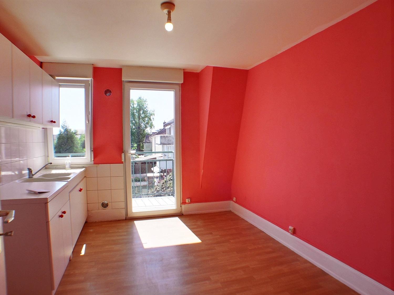 Dornach, Appartement 3 pièces avec jardin