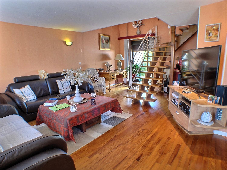 Wittenheim, Maison 5 pièces, 3 chambres avec jardin