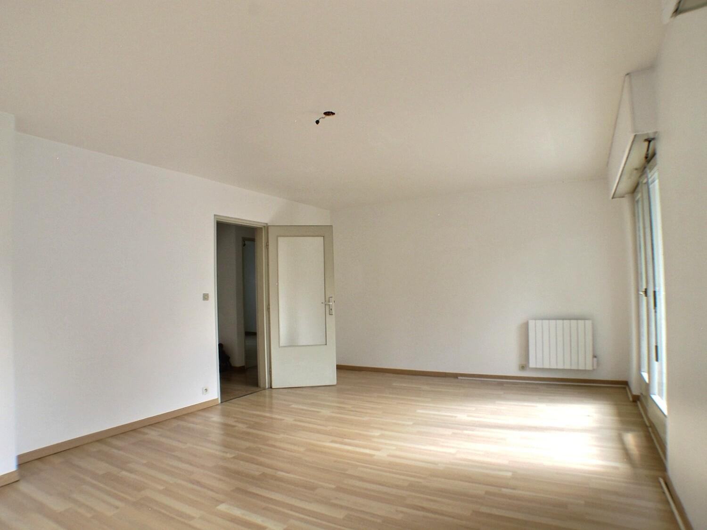 Mulhouse, appartement 3 pièces, garage