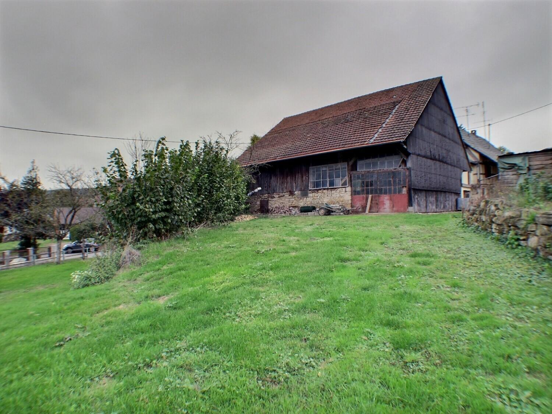 Luemschwiller, grange et terrain de 1028m²